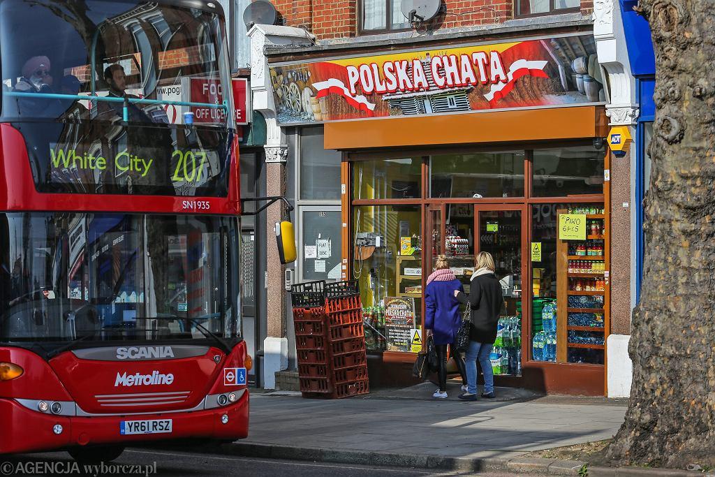 Polski sklep w 'polskiej' dzielnicy. Ealing Broadway w Londynie, 12 marca 2014