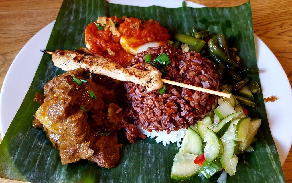 rendang - polarne danie kuchni indonezyjskiej