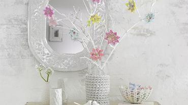 Wielkanocne ozdoby: kwiaty origami.