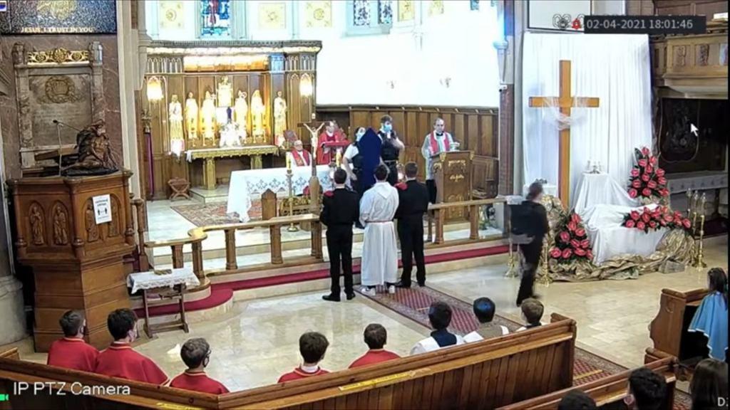 Nagranie z polskiego kościoła w Londynie