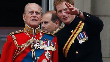 Książę Filip i książę Harry - na balkonie Pałacu Buckingham. Trooping The Colour, oficjalne obchody urodzin Królowej. Londyn, 14 czerwca 2014