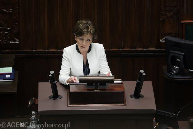 Minister pracy: Proponujemy zawieszenie stosunku pracy na trzy miesiące