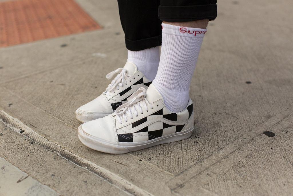 Białe obuwie damskie
