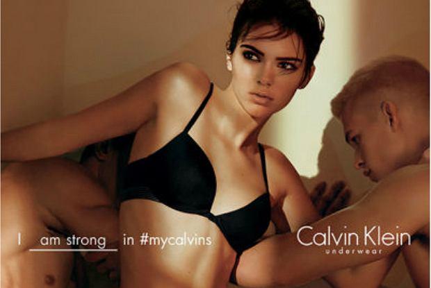 Kendall Jenner w reklamie bielizny Calvin Klein