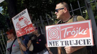 Protest słuchaczy pod radiową Trójką