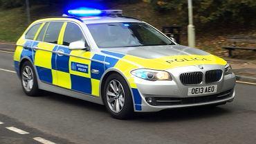 Radiowóz brytyjskiej policji (zdjęcie ilustracyjne)