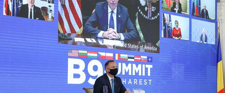 """Biden na szczycie m.in. z Dudą. """"Podkreślił znaczenie praworządności"""""""