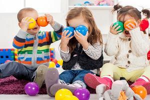Jak urządzić kącik dla dziecka w salonie? Inspiracje i sprawdzone porady