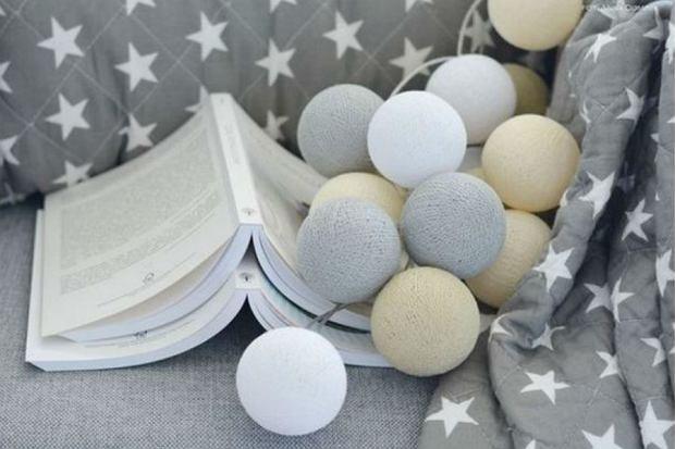 Designerskie oświetlenie: cotton balls i nietypowe lampy