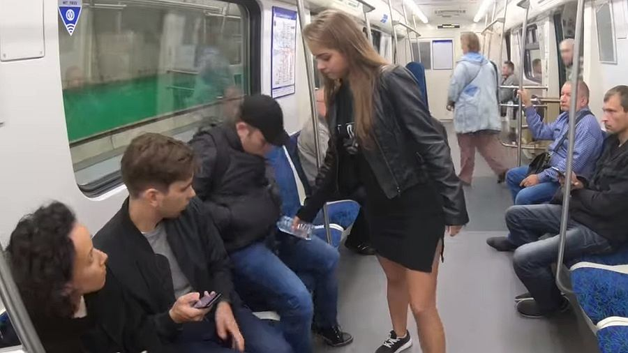 Fragment nagrania z metra w Sankt Petersburgu