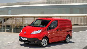 Nissan e-NV200. To jedna z ciekawszych premier tego roku. Ten dostawczy samochód z napędem elektrycznym sprawdzi się głównie w miastach