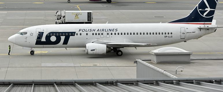 """Samolot lecącydo Oslo zawrócony na Lotnisko Chopina. Problem z """"systemem wykrywania oblodzenia"""""""