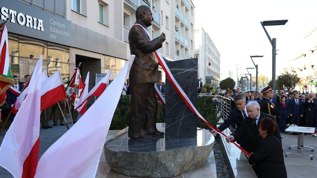 Odsłonięcie pomnika Przemysława Gosiewskiego