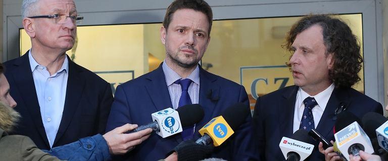Prezydenci deklarują walkę po umorzeniu sprawy ''politycznych aktów zgonu''