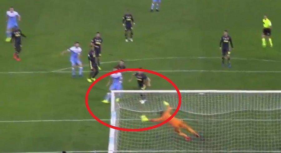 Świetna interwencja Wojciecha Szczęsnego w meczu Lazio - Juventus