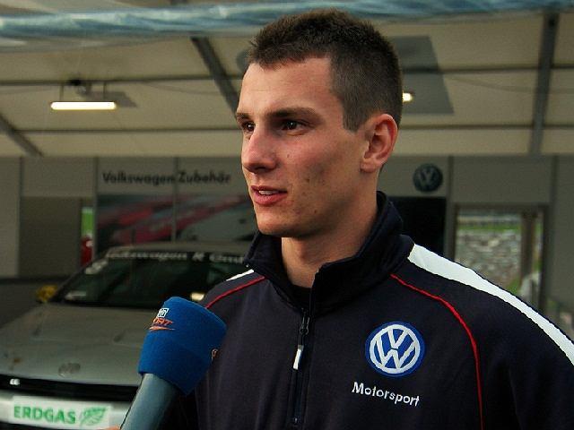 Mateusz Lisowski zaliczył udany debiut w Porsche Mobil 1 Supercup na ulicznym torze w Walencji