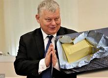"""Poseł Marek Suski nie zna ceny masła. """"Na produktach w sklepie nie ma cen"""""""