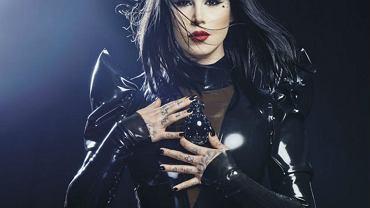 Kat Von D w kampanii promującej zapach Sinner