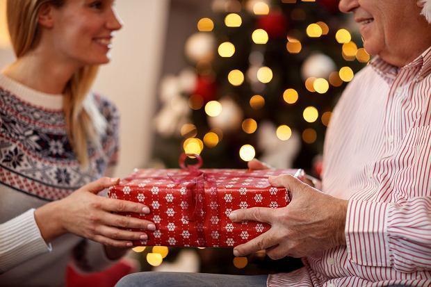 Prezent dla rodziców na święta Bożego Narodzenia. Co kupić na Gwiazdkę?