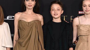 Zahara, córka Angeliny Jolie, na premierze filmu zjawiła się w wyjątkowej sukience. Pożyczyła ją od mamy