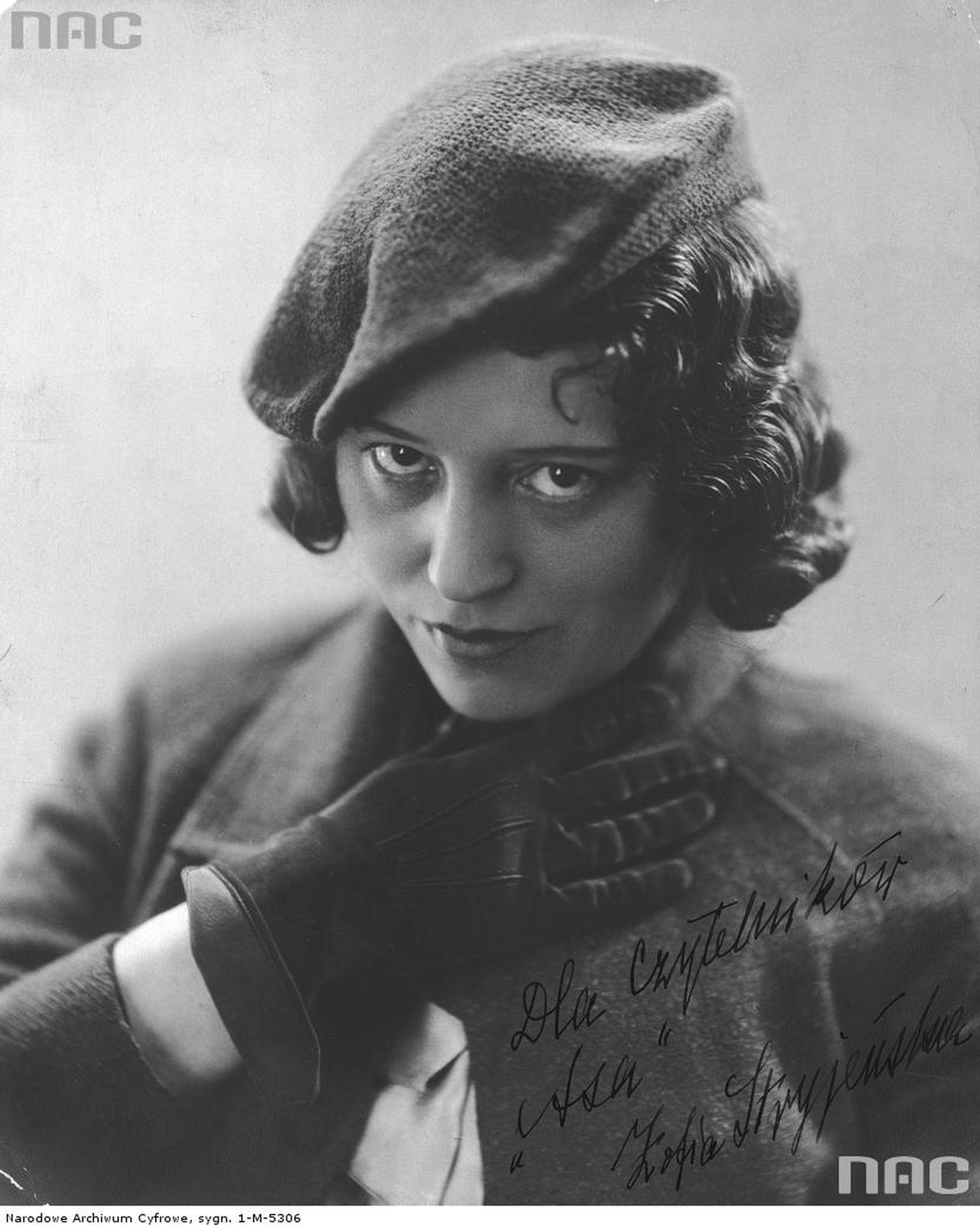 Zofia Stryjeńska, zdjęcie zrobione między 1920 a 1939 rokiem  (fot. Narodowe Archiwum Cyfrowe)