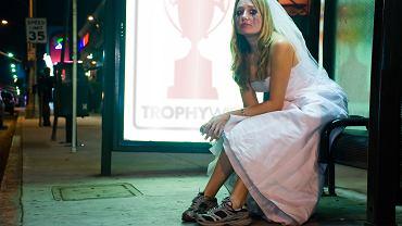'Wyszłam za mąż, zaraz wracam, może nawet jeszcze prędzej. Bo w małżeństwie ja się raczej nie zagnieżdżę...' - śpiewała Ewa Bem