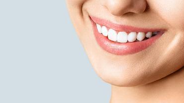 Sennik - zęby. Zdjęcie ilustracyjne