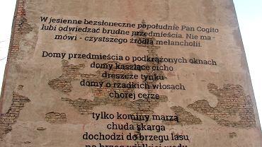 Zbigniew Herbert 'Domy przedmieścia'