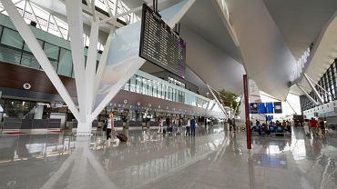 W światowym rankingu lotnisk AirHelpScore 2019 wysokie, piąte miejsce zajął port lotniczy im. Lecha Wałęsy w Gdańsku