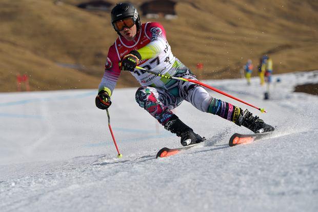 Slalom gigant w stylu maratońskim.