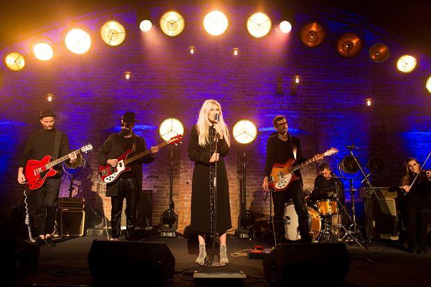 'Plan B' - teledysk do piosenki wykonanej przez Darię Zawiałow 'Jeszcze w zielone gramy'