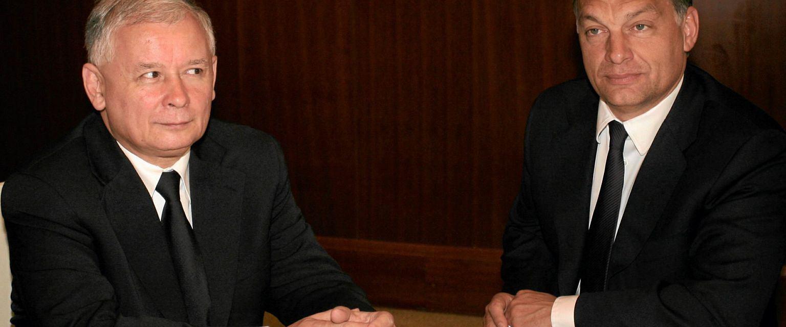 Czerwiec 2010 r., prezes PiS Jarosław Kaczyński i premier Węgier Viktor Orban (fot. Sławomir Kamiński/AG)