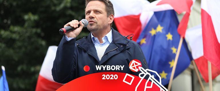 """Trzaskowski: Rząd """"coś ukrywa"""". Po zaprzysiężeniu Rada Gabinetowa ws. finansów państwa"""