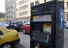 Parkowanie w Warszawie: montują parkomaty z klawiaturą QWERTY