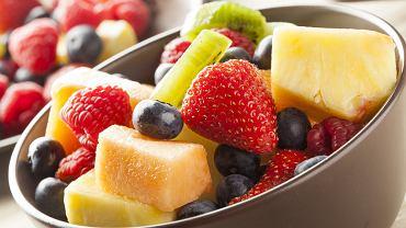 Nietolerancja fruktozy jest nieprawidłową reakcją organizmu na cukier owocowy, czyli fruktozę. Pojawia się po jego spożyciu i powoduje wiele dolegliwości.