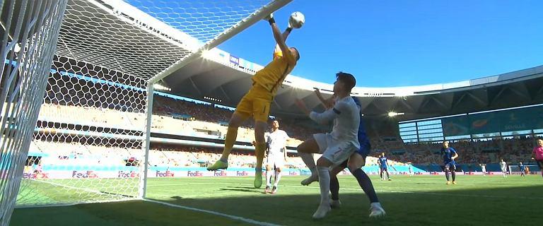Ten gol przebił wszystko, co widzieliście w futbolu. Dubravka w akcji [WIDEO]