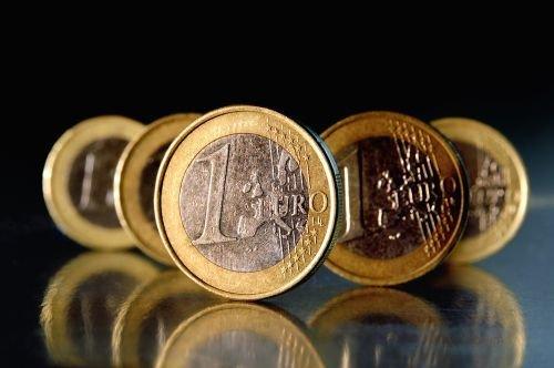 Prawo zamówień publicznych obowiązuje zamawiającego od wartości 30.000 euro.
