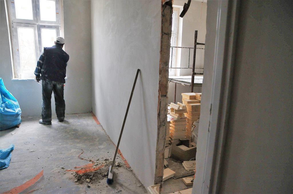 Mieszkania komunalne do remontu (zdjęcie ilustracyjne)