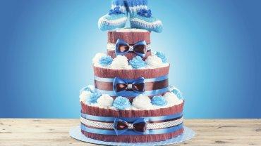 Tort pieluszkowy to prezent, który robi wrażenie!