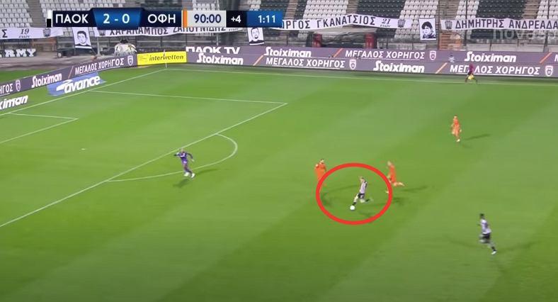 Karol Świderski, gol w meczu PAOK Salioniki - OFI Kreta (4.10.20). Źródło: YouTube