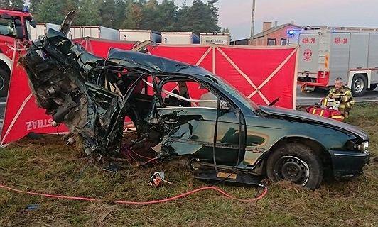 Mazowieckie: Śmiertelny wypadek pod Grójcem. Zginął 20-letni kierowca