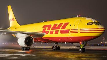 Katowice Airport, kolejny rok z rzędu, stoi na pozycji lidera wśród polskich portów regionalnych w ruchu towarowym. Na lotnisku można więc zobaczyć wiele samolotów 'towarowych', niekiedy bardzo rzadkich.  </p> W 2018 roku frachtowce wykonały w Pyrzowicach 2 664 startów lub lądowań i przewiozły 18 547 ton cargo lotniczego, to jest o 754 ton więcej w porównaniu z poprzednim rokiem. Jest to najlepszy, roczny wynik w historii przewozów towarowych z pyrzowickiego lotniska. </p> Na zdjęciu rzadko spotykany na polskich lotniskach Airbus A300 DHL Express.