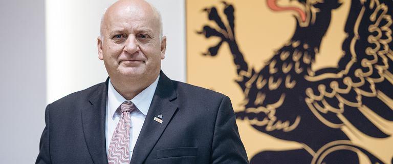 """Guzikiewicz tłumaczy się z wpisu nt. marszałka Senatu. """"To była satyra"""""""