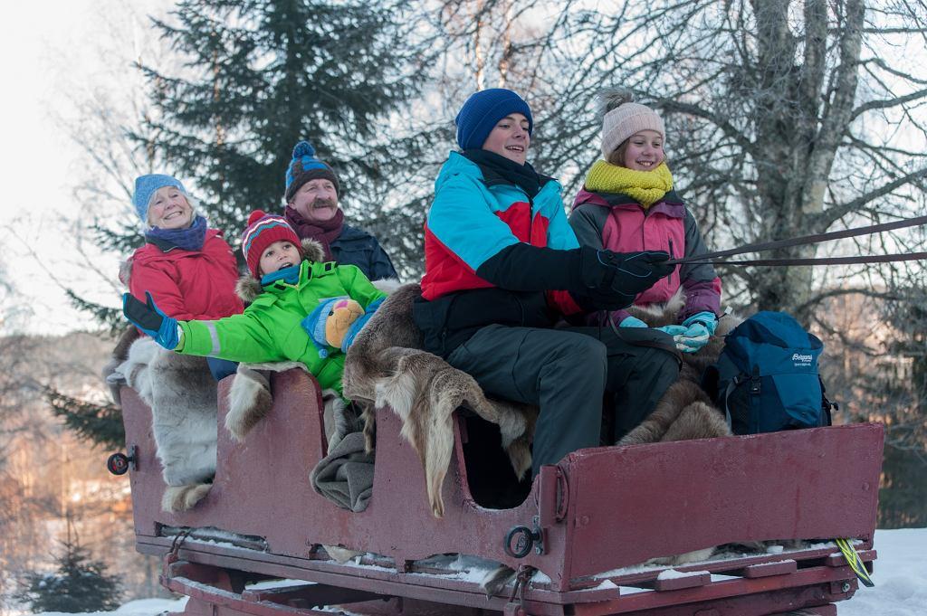 Kacper i Emma - zimowe wakacje, reż. Arne Lindtner Naess