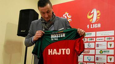 5 grudnia. Tomasz Hajto zostaje szkoleniowcem piłkarzy GKS-u Tychy. Wybitny reprezentant Polski podjął się trudnego zadania utrzymania GKS-u w pierwszej lidze.