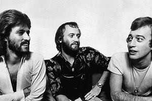 """""""Bracia zawsze na pierwszym miejscu. A zespół na zawsze"""" - w sieci pojawił się zwiastun filmu dokumentalnego produkcji HBO o zespole Bee Gees: """"The Bee Gees: How Can You Mend a Broken Heart""""."""