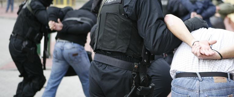 Pozorowany atak terrorystyczny w szkole. Policja: Doszło do złej interpretacji faktów