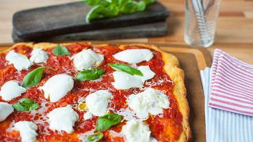 Ciasto na pizzę neapolitańskie