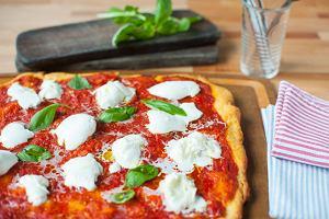 11 doskonałych przepisów na pizzę, które pozwolą godnie uczcić jej dzień (i uratować każdy inny)