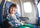 Pierwszy lot samolotem z dzieckiem. Poradnik praktyczny, jak się przygotować do lotu